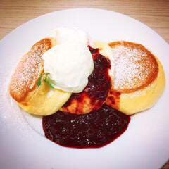 カフェ/女子旅/大宮/幸せのパンケーキ/フォロー大歓迎/おでかけ/... 今日は久しぶりに母と妹と女3人でお出かけ…