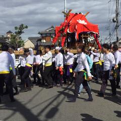 祭り 今日は地元の本祭りの日で、9時過ぎに神社…