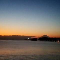 富士山/夕方の海/自然の色/風景 X'masも終わり 新年を迎える準備を始…