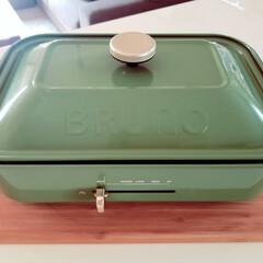 お気に入りって幸せ/ブルーノ/お気に入り/キッチン 我が家のブルーノ😃🎵 オリーブグリーンが…