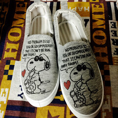 靴/マッキー/落書き/スヌーピー/DIY 無地の靴にマッキーで落書き。 大人用と子…