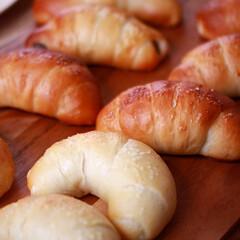 ハードパン 塩パン。 あんこ入りも。