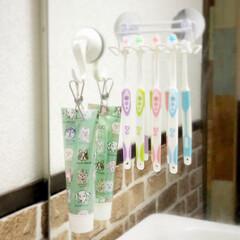 歯磨き粉カバー/歯みがき粉/歯ブラシ収納/歯ブラシホルダー/100均収納/ハンドメイド/... 可愛い柄のデザインペーパーを100均で発…