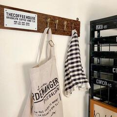 カフェ風雑貨/100均DIY/ウォールフックdiy/ウォールフック/春のフォト投稿キャンペーン/フォロー大歓迎/... カフェ風ウォールフックの作り方を、アイデ…
