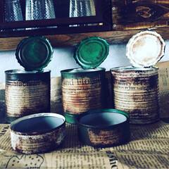 ツナ缶パイン缶/お金をかけない/サビ塗装/ビンテージ風/100均塗料/多肉ちゃん/... リメ缶作り🥫 缶が沢山溜まってリメ缶を作…