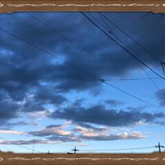 へそてん/ももちゃん/今朝の空/まりん/わんこ/フォロー大歓迎 今日の空は少し不気味でした。 まりんはい…