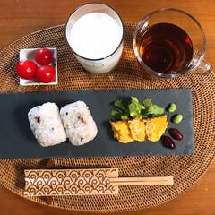 ダイエット食/ペット/猫/インテリア/おうちごはん/DAISOの黒皿/... 最近のごはん色々〜♥️ 量はむちゃ少な…