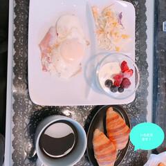 クロワッサン/朝食/LIMIAごはんクラブ/わたしのごはん/グルメ/フード/... おはようございます☀ 今朝はOisixで…