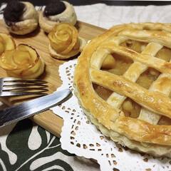 スイーツ/イケア/グルメ/IKEA リンゴを沢山頂いたので、アップルパイを作…