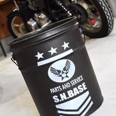 男前インテリア/US ARMY/世田谷ベース/ガレージ/リメイク/オイル缶/... 捨てようとしてたペール缶をリメイクして、…