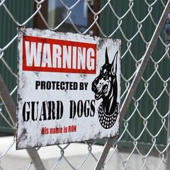 犬看板/プレート/看板/PCフェンス/DIY/雑貨/... 手作りの看板です♡ 犬危険!の看板が欲し…