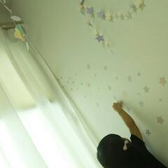 子供スペース/子供部屋(キッズルーム)/子供部屋/こども/こども部屋/インテリア、雑貨/... 子供部屋を子供とウォールステッカーで飾付け