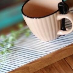 幸せいっぱい/北海道/木工雑貨/猫さん大好き/お家時間/カフェ風インテリア/... タイル雑貨! カフェ風トレーです。 一枚…(1枚目)