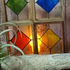 ターナー色彩 ガラスペイント 泡玉 40ml(ペンキ、塗料)を使ったクチコミ「セリアのガラスフォトフレームを使った、フ…」(2枚目)