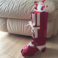 ブーツ/サンタクロース/クリスマス/ハンドメイド/無印良品 無印良品の紙袋で作ったブーツです!(2年…(1枚目)