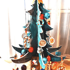 子育て/段ボール/クリスマスツリー手作り/クリスマスツリー/クリスマス/DIY/... 娘が2歳の時からクリスマスツリーを毎年作…