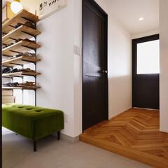 玄関/玄関収納/玄関土間/へリンボーン/靴収納/棚/...