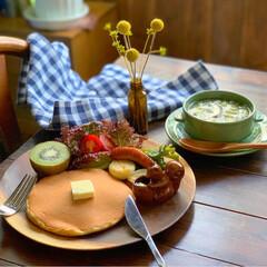 ホットケーキ/朝ごはん/朝食/朝ごパン/レトロ食器/おうちカフェごはん/... 2019.10.28 月曜日 今日の朝ご…