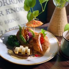 ストーンウェア/朝食/おうちカフェ/おうちカフェごはん/レトロ食器/朝ごパン/... おはようございます。  今朝のおめざは …