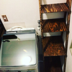 端材でDIY/ラダー収納/洗濯機縦型/洗濯機置き場/洗濯機横/洗濯機周り/... 洗濯機を新調したついでに洗濯機周りの収納…