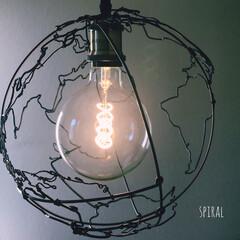 針金アート/ワイヤークラフト/ワイヤーアート/地球柄/地球儀/宇宙/... 宇宙、星好きにはたまらない!地球型ランプ…(6枚目)