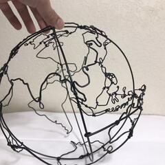 針金アート/ワイヤークラフト/ワイヤーアート/地球柄/地球儀/宇宙/... 宇宙、星好きにはたまらない!地球型ランプ…(3枚目)