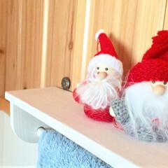 クリスマス2019/クリスマス/クリスマスディスプレイ/サンタクロース/サンタさん/100均/... 12月になると我が家の色々な場所にミニサ…