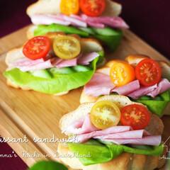 サンドイッチ/パン/クロワッサン/簡単レシピ/料理研究家/アンナのキッチン/... クロワッサンサンドイッチです♪ レタス、…