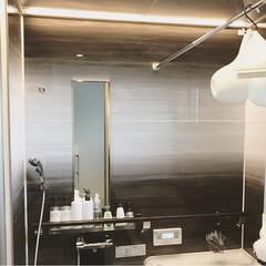 モノトーン/ライン照明/グラデーションカラー/アクリアバス/クリナップ/お風呂/... お風呂 我が家のお風呂はクリナップのアク…