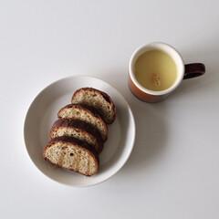 朝食/おうちごはん/暮らし 朝食にハチミツがけパンとコーンポタージュ…