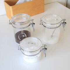 青芳製作所 アクリルキャニスター ラウンド M 072833 | 青芳製作所(ガラス瓶、キャニスター)を使ったクチコミ「2019/3/22 Fri アクリル保存…」(1枚目)