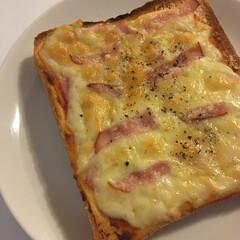 チーズトースト/朝食/おうちごはん/暮らし 2020/3/15 Sun 朝食にハムチ…