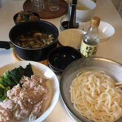 うどん/おうちごはん/暮らし 茹で豚と茹で野菜。(茹でただけ、ポン酢つ…