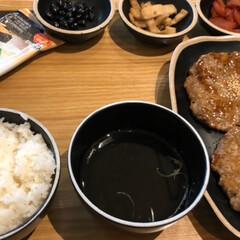 ピビンバ定食とトッカルビ定食/ワッフル/チーズタッカルビ/優しい姪っ子/韓国旅行 3泊4日の韓国旅行*⋆✈から帰って来まし…(5枚目)