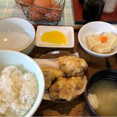 ルーロン飯/蕎麦ソフト/卵かけご飯/GW 土曜日のお昼ご飯は、また卵かけご飯食べに…(2枚目)