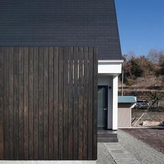 建築/住まい/平屋/玄関/不動産・住宅/注文住宅/... 平屋デザインの家 玄関ドア前のアプローチ…