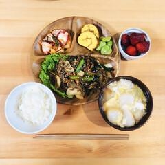 献立/夜ごはん/あけおめ/フォロー大歓迎/おうち/ごはん/... 昨日の夜ごはん 肉豆腐で使った牛肉が残っ…(1枚目)