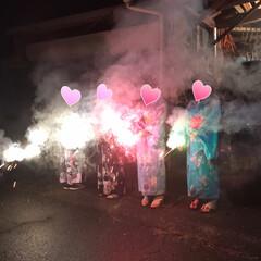 浴衣/髪飾り出番です/夏コーデ/ファッション 15日の夜は地区の盆踊り大会へ   6人…(4枚目)