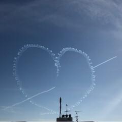 ひこうき雲/飛行機/航空祭/おでかけ/風景 航空祭    おしり❓🍑→ハート💖→ハー…