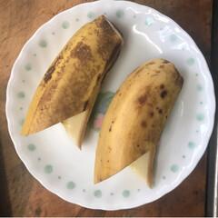 唐揚げ/バナナの飾り切り/筑前煮/息子と一緒に/フォロー大歓迎/冬/... 息子と一緒に料理中   バナナの飾り切り…