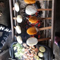 皆でワイワイ/平成が終わる/焼き台はじぃじの手作り/焼き肉/五平餅/春のフォト投稿キャンペーン/... 息子、姪っ子、甥っ子、妹と一緒に朝から五…