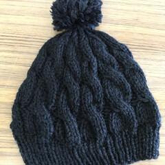 毛糸の帽子/母の手作り/ハンドメイド/ファッション 寒くなって来たので、通勤中はかぶってまー…