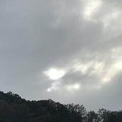 光/空/ハート❤/秋/風景/おでかけ 雲の間からの光が   ハート❤にみえたょ…