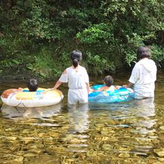 姪っ子 甥っ子 息子/川遊び/おでかけ 子供たち連れて川遊び    水がとても冷…