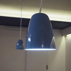 照明/ダクトレール/間接照明/ペンダント テーブルの位置の変更に対応できるようペン…