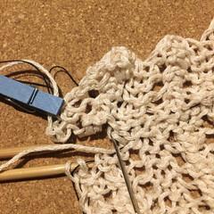 棒針編み/編み物 ガーターはぎ練習中。最後のはぎ合わせで失…