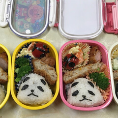 パンダ/お弁当/幼稚園 幼稚園用お弁当。パンダの顔の海苔は、フリ…