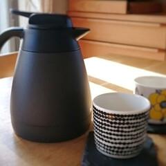 北欧風インテリア/北欧インテリア/北欧雑貨/ポット/おうち時間/ダイニング/... 我が家ではお湯を沸かしたら保温ポットに入…