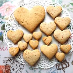 手作りクッキー/イチゴ/てづくり/クッキー/苺/いちご/... 🍓💕いちごクッキー😋 セリアの、いちごパ…(1枚目)