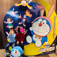 GAPKIDS/GAP/映画館/ドラえもん/映画ドラえもん/フォロー大歓迎 映画ドラえもんのび太の月面探査記📽 3歳…